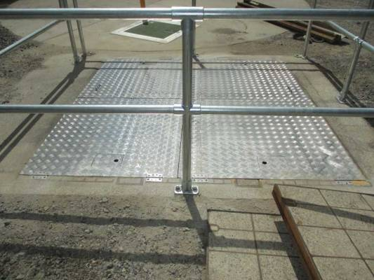 Handrails & Lids